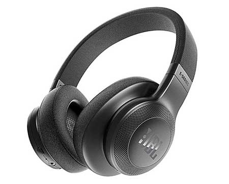 Sleek Wireless Headphones that Support FM Radio and SD Card